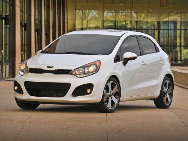 2015 Kia Rio Lee's Summit, MO KNADM5A38F6421608