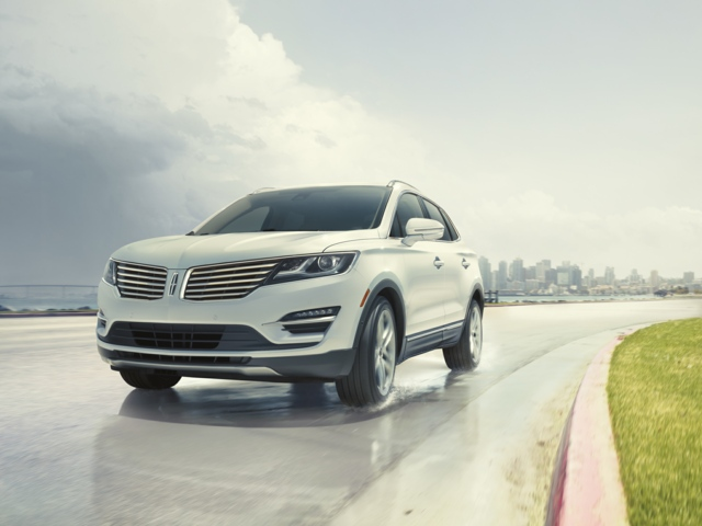 2017 LINCOLN MKC West Bend 5LMCJ3D97HUL13936