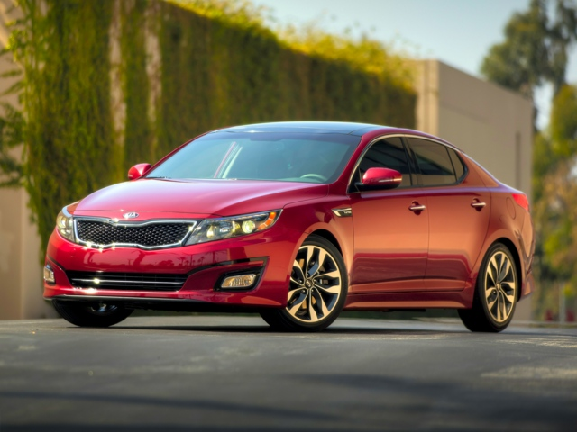 2015 Kia Optima Lee's Summit, MO 5XXGM4A72FG353417