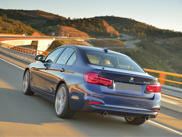 2016 BMW 320i Rockford, IL WBA8A3C5XGK690330