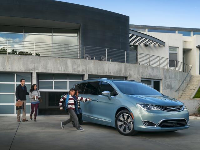 2017 Chrysler Pacifica Hybrid Mt. Vernon, IN 2C4RC1N79HR689614