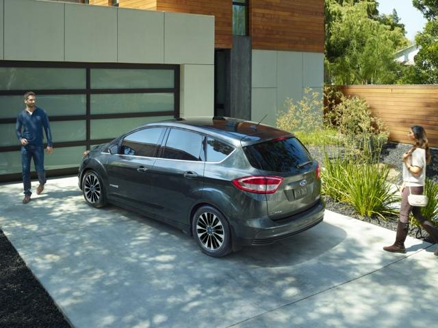 2017 Ford C-Max Hybrid Newark, CA 1FADP5AU8HL105901