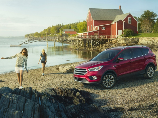 2017 Ford Escape East Greenwich, RI 1FMCU9J98HUD01523