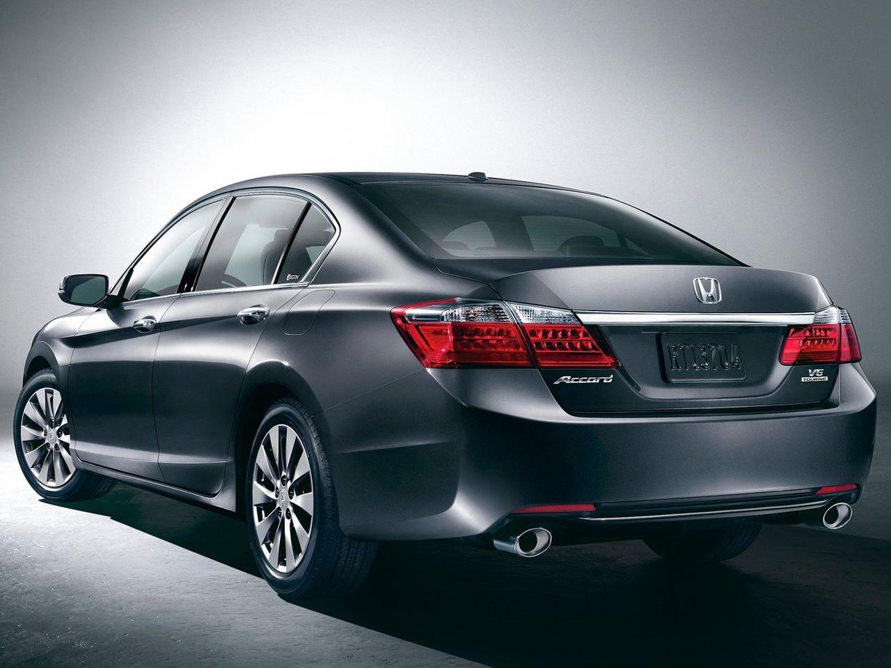 ... Dealer%203015%20Images/2013%20accord/2013-Honda-Accord-Sedan-Rear