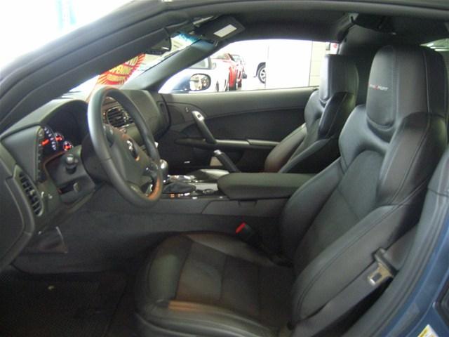 [Bild: 2012-Chev-Corvette-2.jpg]